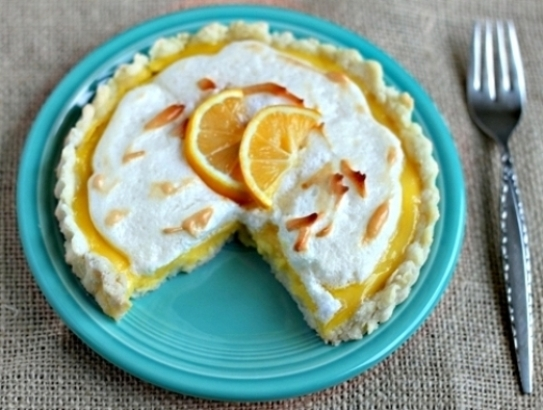There's lemon chess pie, lemon bars, lemon meringue pie, lemon curd, ...