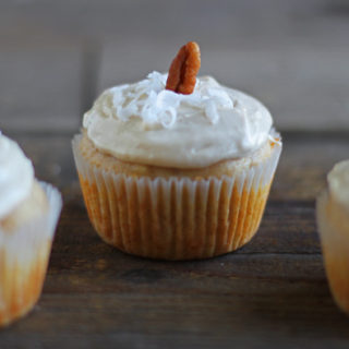 Hummingbird Cupcakes for two
