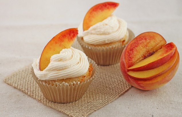Ginger Peach Cupcakes, small batch. - DessertForTwo.com