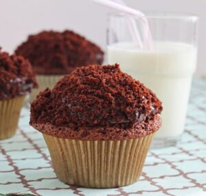Black-Out Cupcakes (+ giveaway!)