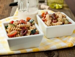 Creamy-Greek-Pasta-Salad-3
