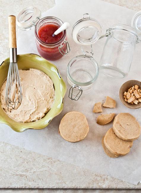 Peanut-Butter-Mousse-Jelly-Parfaits-5a2