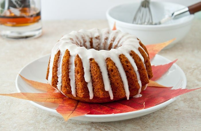 mini-pumpkin-bundt-cake