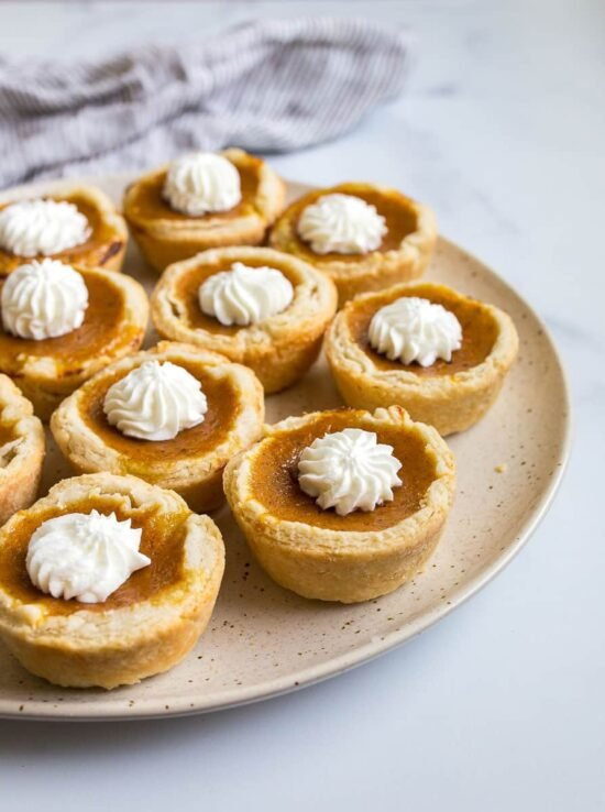 mini pumpkin pies for two