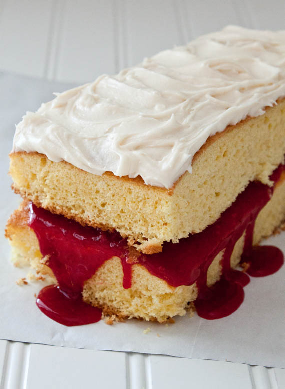 Cran-Vanilla-Dream-Cake-076