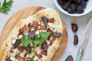 Figgy Piggy Pizza | dessertfortwo.com