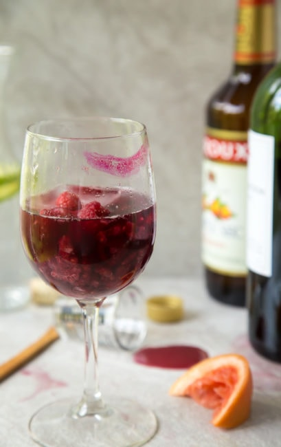 Lazy Girl Sangria | dessertfortwo.com