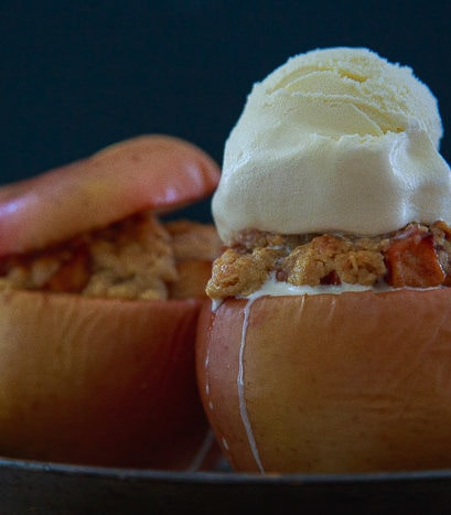 Small batch of apple crisp baked in apples @dessertfortwo