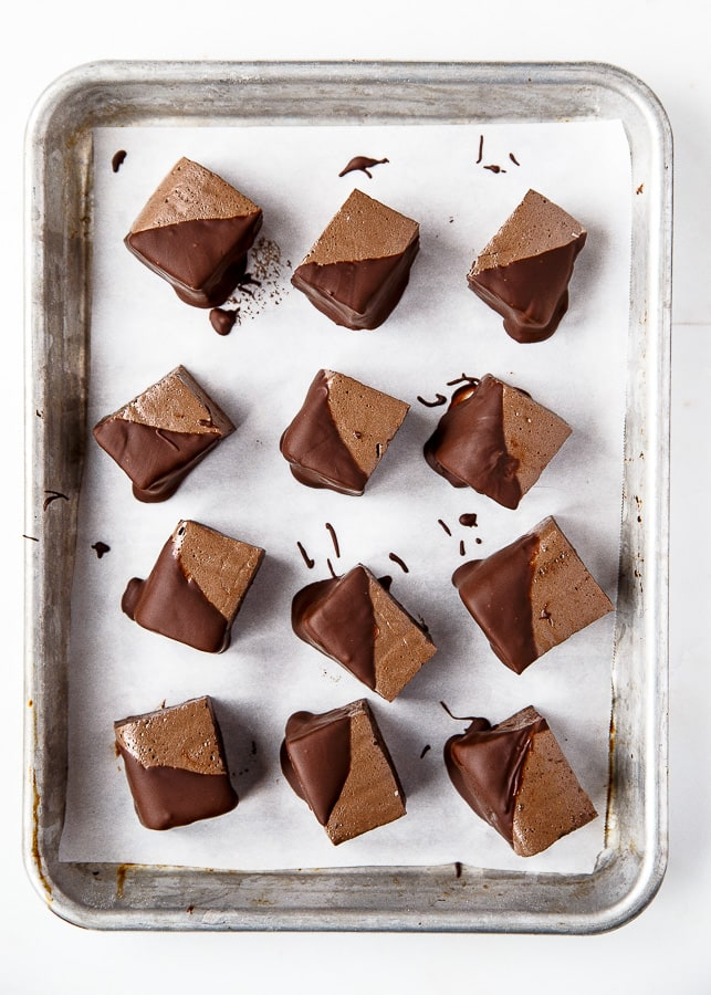 Valentine's Day chocolate dessert: chocolate marshmallows for two