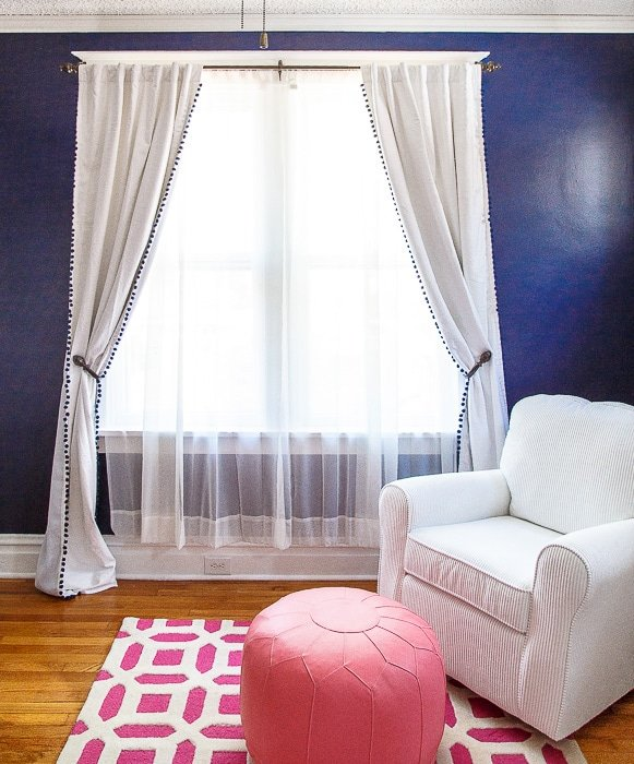 Navy and hot pink nursery @dessertfortwo