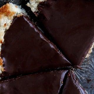 Gluten free pie with coconut crust