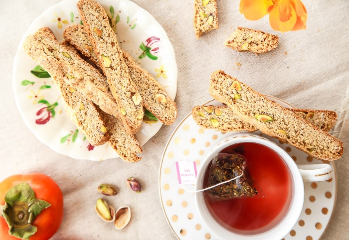 Easy Biscotti recipe with whole wheat flour
