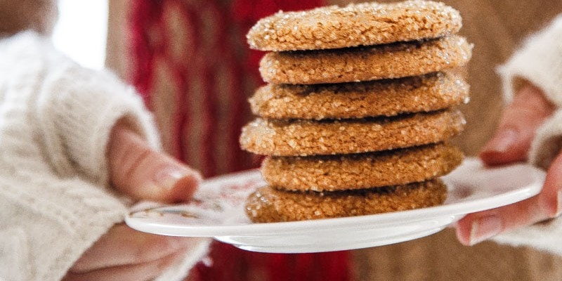 Old-Fashioned Chewy Molasses Cookies
