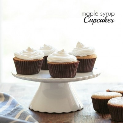 Healthy cupcakes made with maple syrup and how to make coconut whipped cream