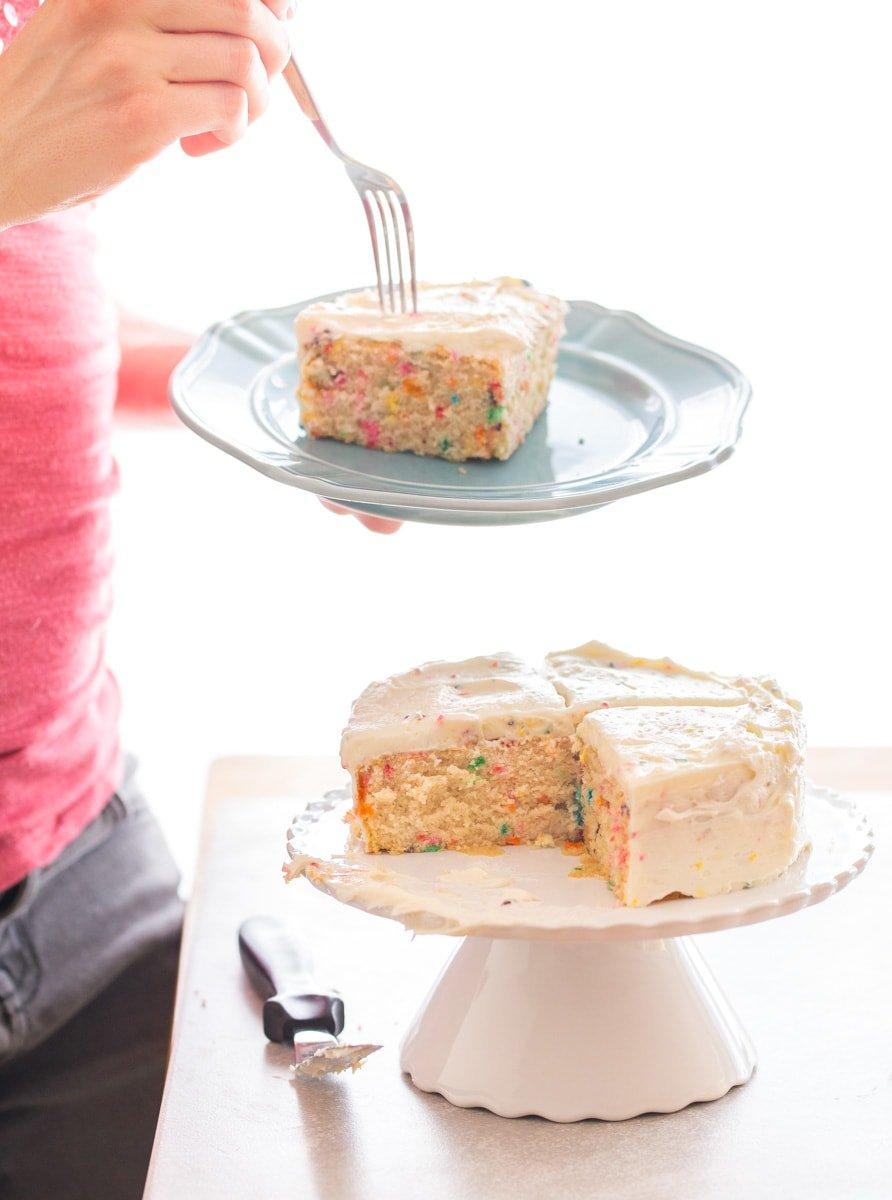 Small cake recipe: confetti cake