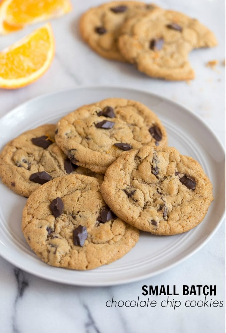 Small batch chocolate chip cookies for two people. Make an easy chocolate chip cookies that makes just 1 dozen cookies instead of tons of leftovers! #smallbatch #dessertfortwo #cookingfortwo #smallbatchchocolatechipcookies #chocolatechipcookies #easycookies #easychocolatechipcookies