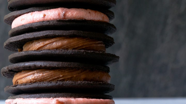 Easy homemade oreos with just 5 ingredients!
