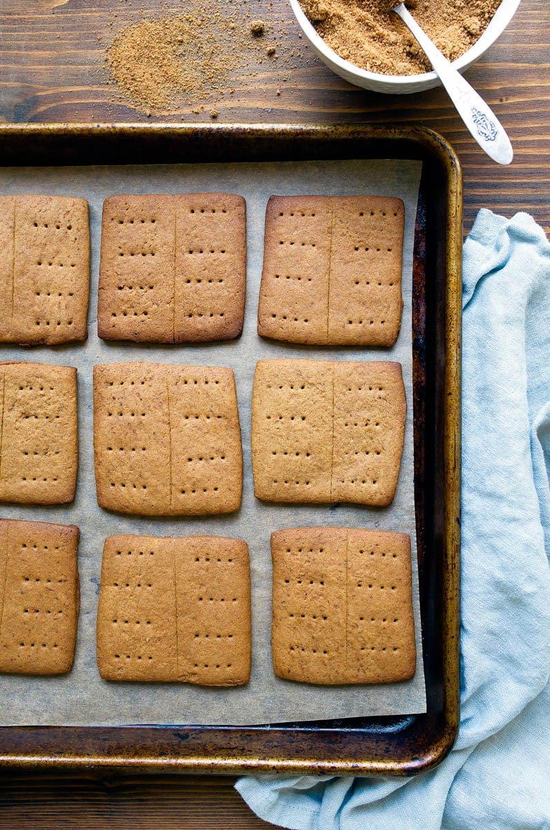 Homemade graham crackers made with unrefined sugars only!