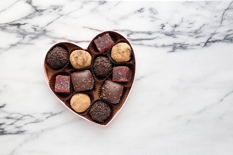 Make your own box of chocolates for Valentine's Day. Cute homemade gift for Valentine's Day