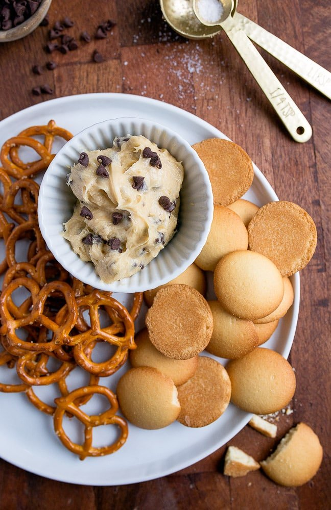 Best dessert dips: cookie dough dip, small batch dessert style! Makes 1 ramekin.