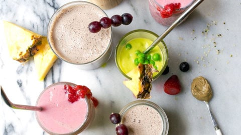 Smoothies for Kids: easy on-the-go breakfasts for kids. Quick and easy school breakfasts and after school snack ideas.