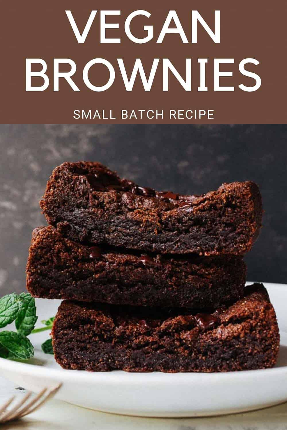 Small batch vegan brownies made with just almond butter, maple syrup, and cocoa powder. Crazy, right? Crazy good!