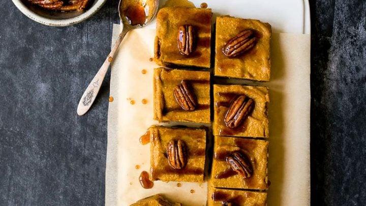 Vegan Pumpkin Cheesecake Bars. No bake pumpkin cheesecake!