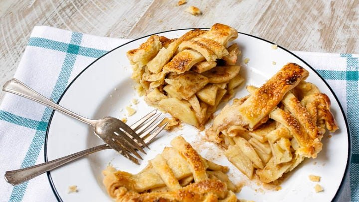 Mini Apple Pies in 6