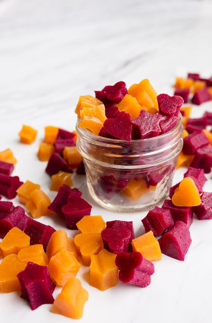 Healthy homemade fruit snacks with vegetables! Grass fed gelatin, pureed fruit and veggies are a lunch box treat or healthy snack for kids.