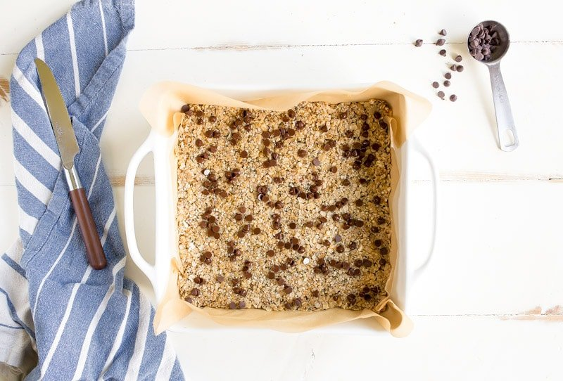 Vegan Protein Bars Recipe made with hemp seeds and vegan, too! Protein bars without protein powder.