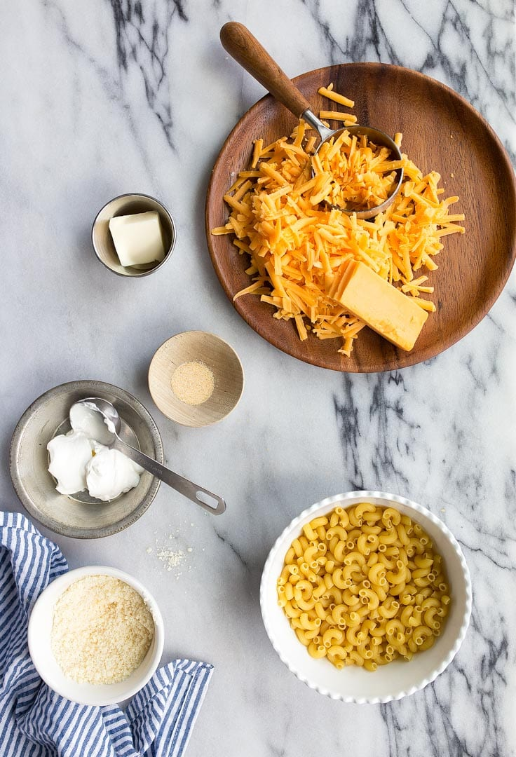 Instant Pot Mac and Cheese made in the Instant Pot Mini. Pressure cooker macaroni and cheese is so good! Plus, more instant pot mini recipes.