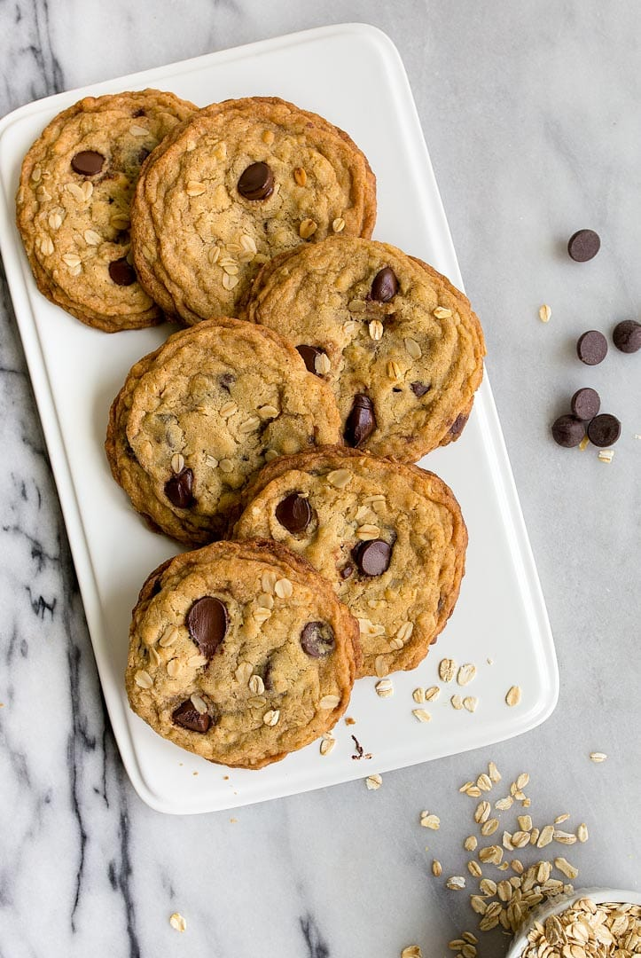 Small batch oatmeal chocolate chip cookies: the BEST Oatmeal Chocolate Chip Cookies that are soft, chewy, loaded with chocolate, chips! Recipe makes just 6 cookies!
