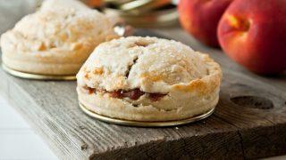 Mason Jar Lid Pies: Spiced Peach