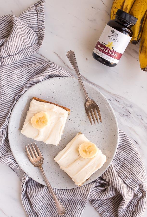 banana-cake-for-two