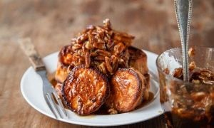 A small Thanksgiving: Melting Sweet Potatoes (with Maple-Pecan Sauce)