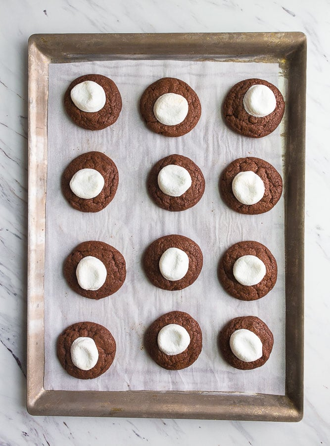 hot-cocoa-cookies