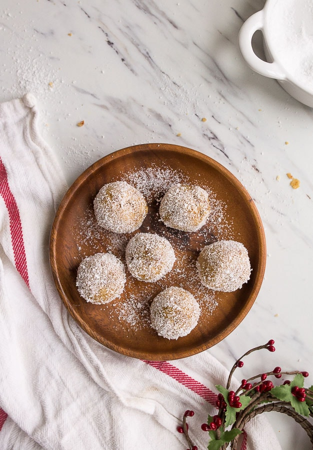 sugar-cookie-truffles-keto