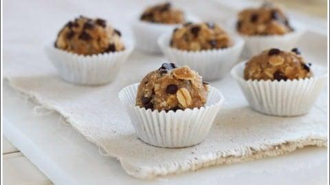 Oatmeal Cookie Dough Bites