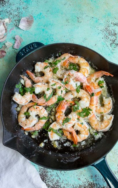 garlic butter shrimp with lemon