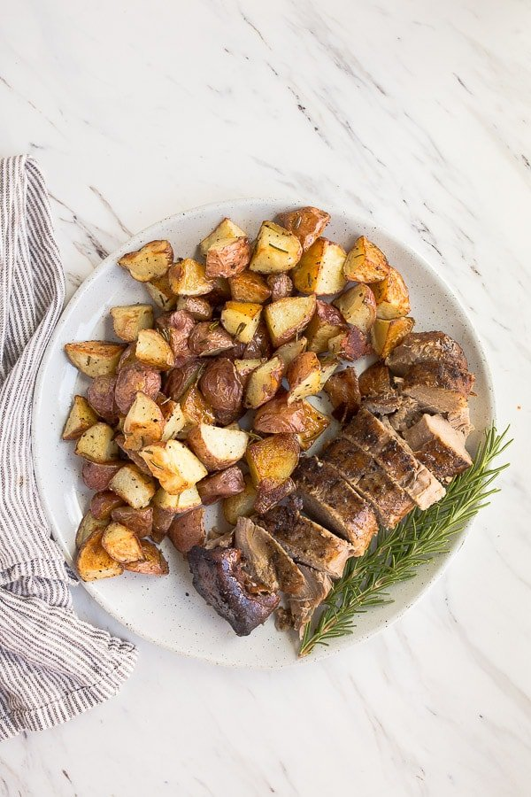 balsamic pork tenderloin in the slow cooker