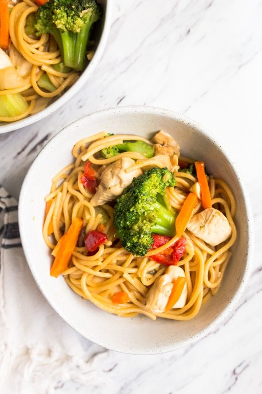 instant pot lo mein- quick and easy dinner recipes