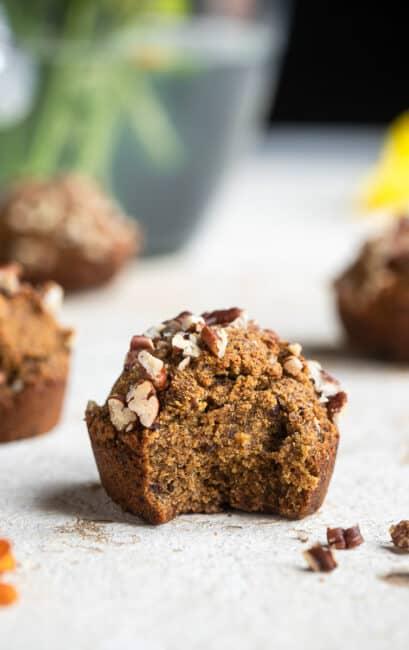 whole30-pumpkin-muffins