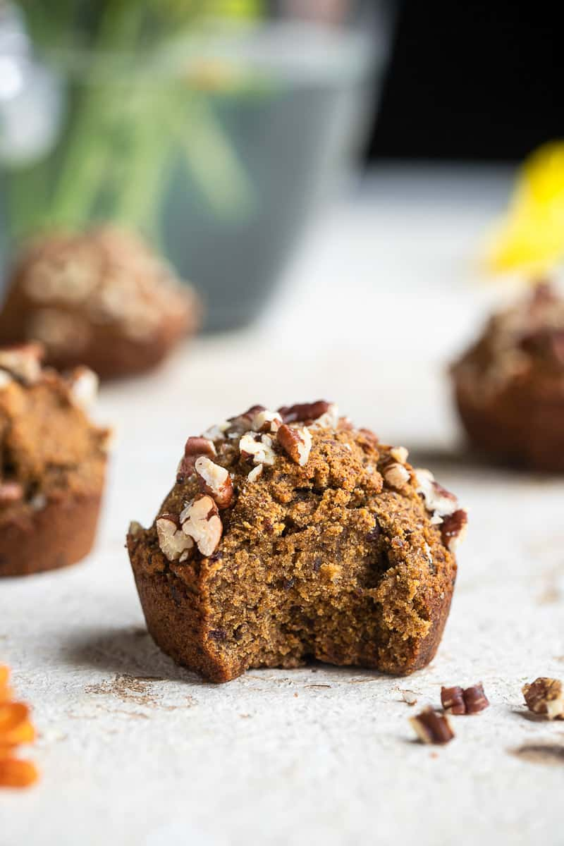 whole30-pumpkin-muffins