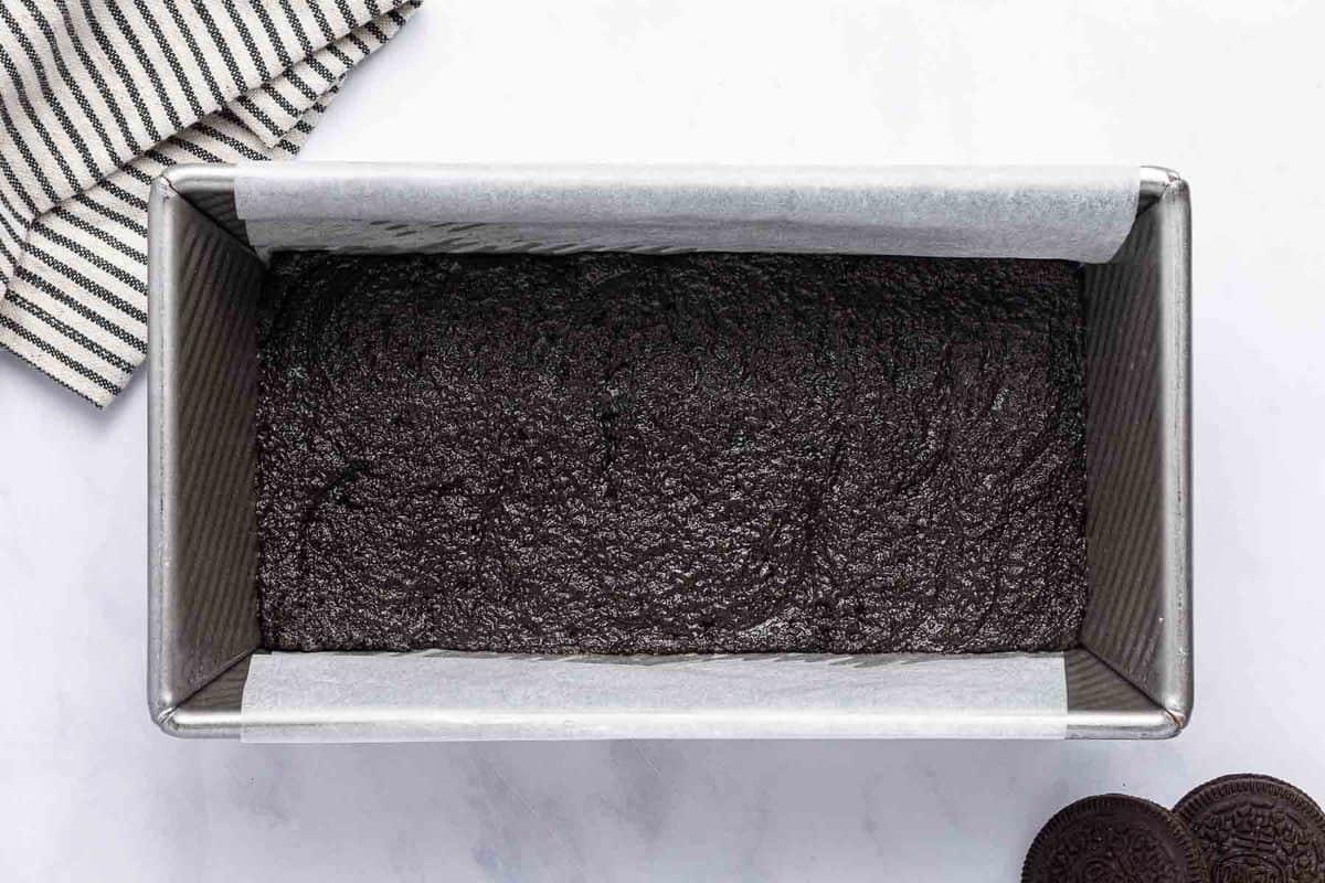 Cookie crust in a loaf pan.
