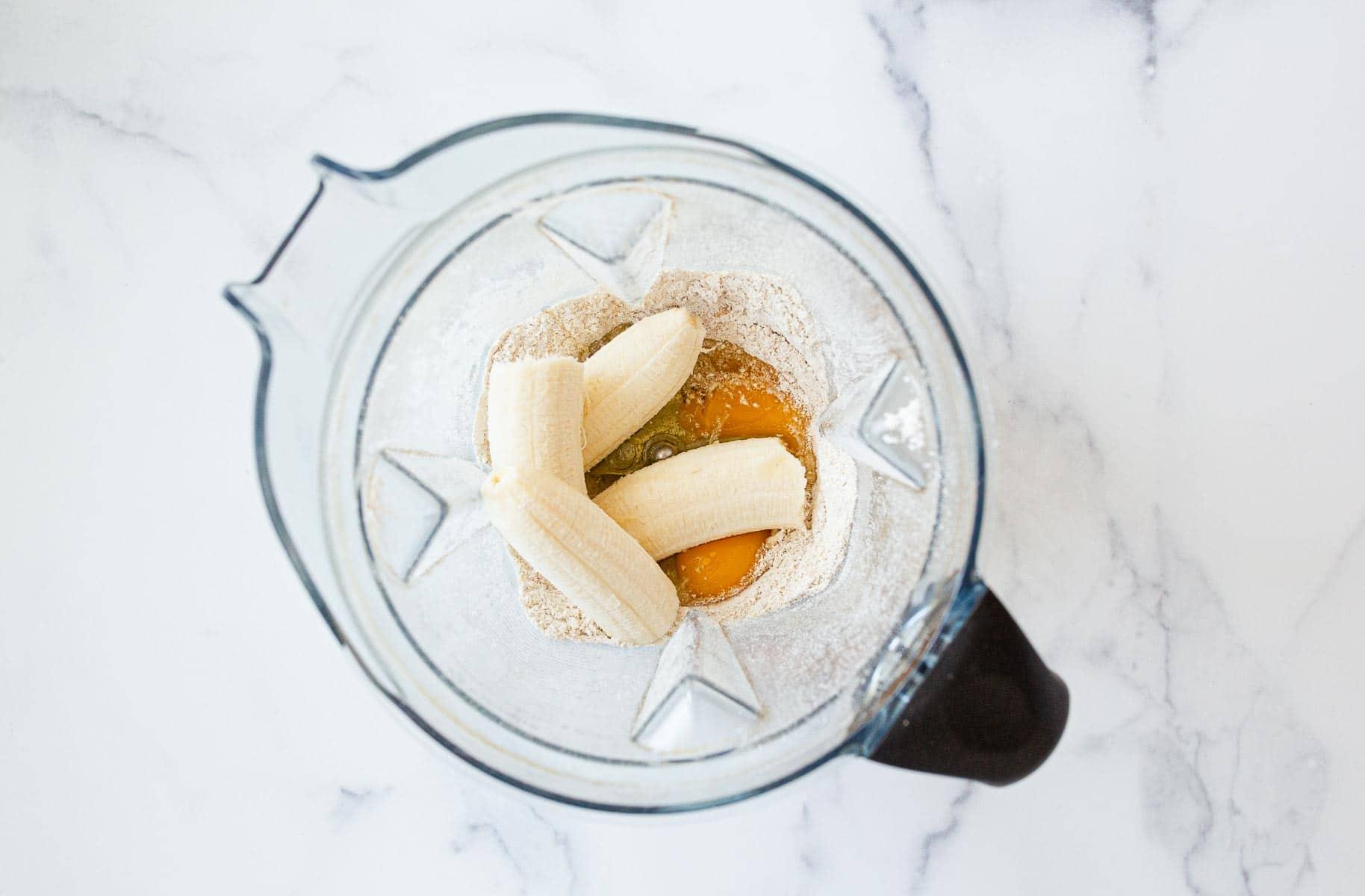 Bananas and eggs in blender.