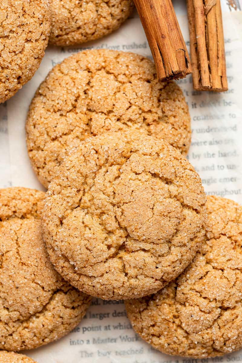 Close up of apple butter spice crinkle cookies.