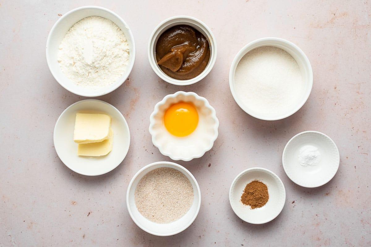 Apple butter cookie ingredients.